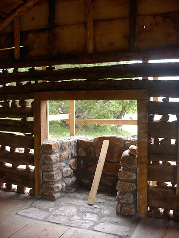 Southlake Log House being built